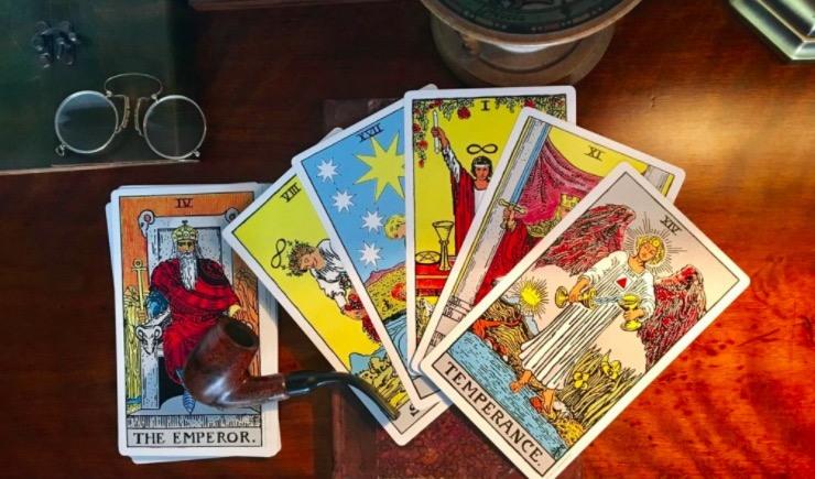 Tarot Gratis Online Tirada De 10 Cartas En Línea Efectiva